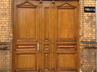 Holztür aufgearbeitet